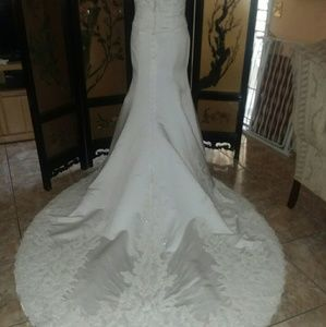 NWT Mary's Gorgeous Wedding Gown